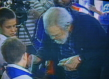 Fidel Castro casts his ballot in Sunday's elections in Cuba