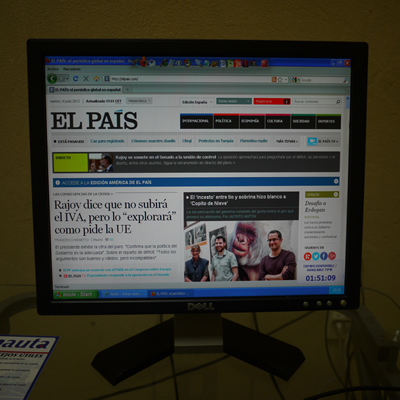 El Pais newspaper from a Nauta cybercafé
