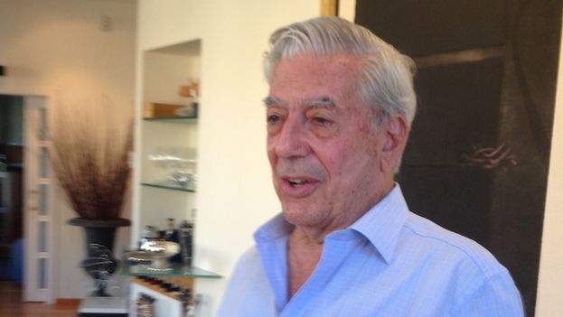 Mario Vargas Llosa at his home in Madrid (14ymedio)
