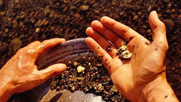 Panning for gold (14ymedio)