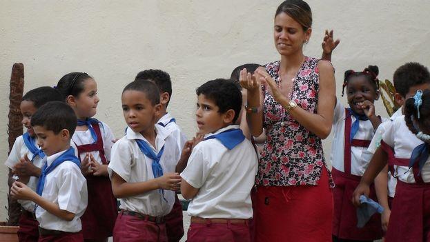 Elementary students (Luz Escobar)