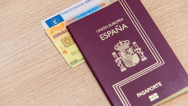 Spanish passport (CC)