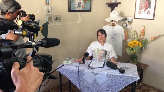 Laura Labrada during the press conference at the headquarters of the Ladies in White (14ymedio)