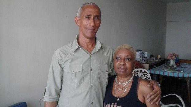 Hildebrando Chaviano and his wife Susana Mas (14ymedio)