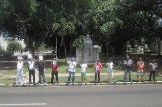 2Algunos de los activistas y opositores