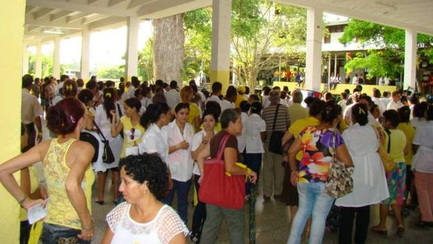Students of the Faculty of Medicine of Villa Clara. (Facebook)