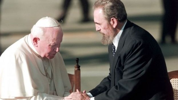 13 --  Fidel Castro during the visit of Pope John Paul II to Cuba in 1998. (Cubadebate)