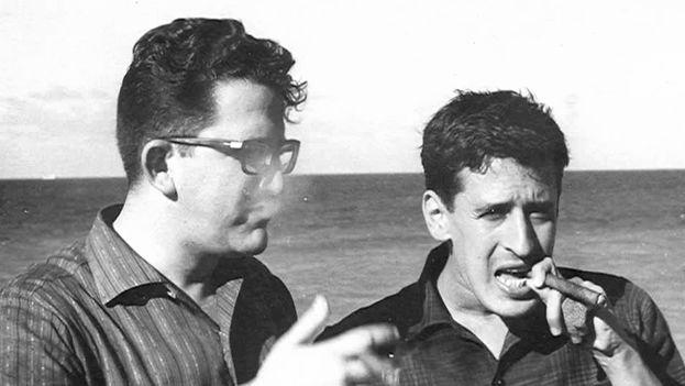 The Salvadoran journalist Roque Dalton with the Cuban poet Heberto Padilla (left) in Havana in 1966. (Wikimedia)