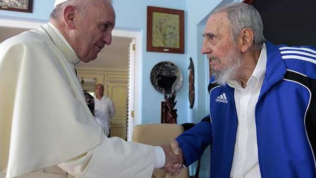 Pope Francis during his meeting with former Cuban president Fidel Castro. (Alex Castro)