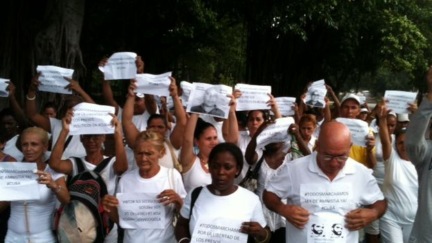 Ladies in White during the pilgrimage this Sunday. (Angel Moya)