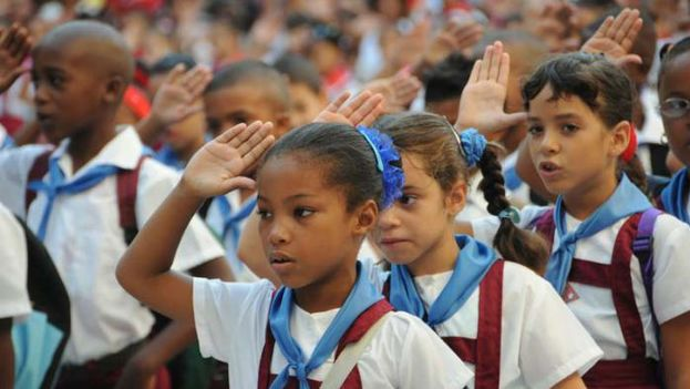 "Nearly half a century later, children who begin studies in Cuban schools are forced to repeat the anachronistic slogan: ""Pioneers for Communism, we will be like Che!"""