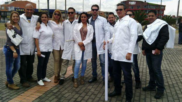 Cuban doctors in Bogotá. (Dened Vega)