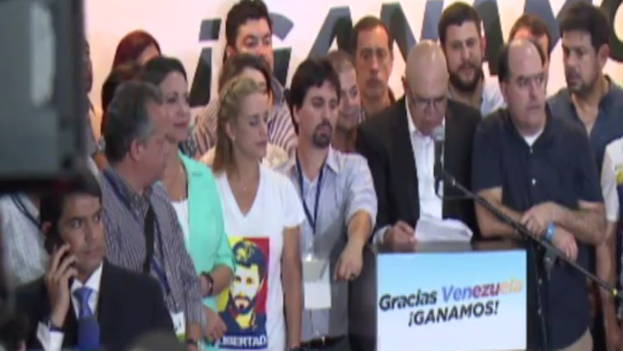 Venezula's Democratic Unity Roundtable opposition alliance won an absolute majority, according to official data (Fotograma)