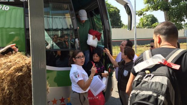 The Mexican National Institute of Immigration receives Cuban migrants on arrival in Tapachula. (INM)