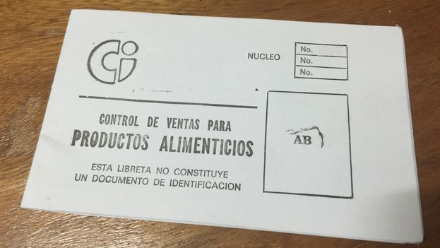 """Cuban ration booklet. """"Control of sales for FOOD PRODUCTS. This booklet does not constitute a document of identification."""" (14ymedio)"""