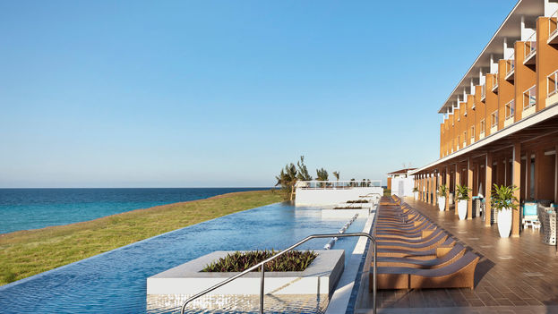 Ocean Vista Azul Hotel Pool In Varadero