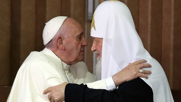 Pope Francis and Patriarch Kirill during a meeting in Havana. (EFE)