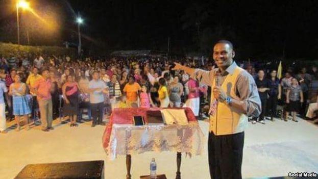 The evangelical pastor Alain Toledano. (Social networks)