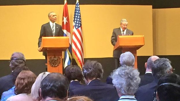 Press conference in Havana with US President Barack Obama and his Cuban counterpart Raul Castro. (White House)