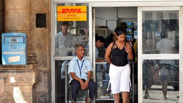 Post Office in Havana. (EFE)