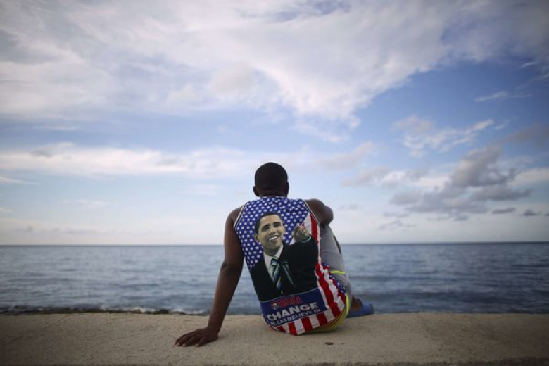 A man in an Obama shirt on Havana's Malecon