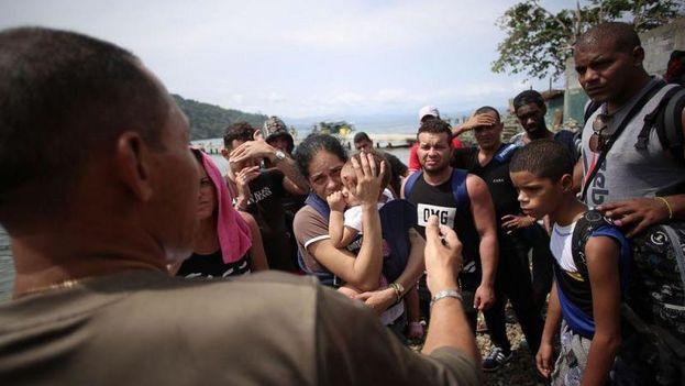 In Puerto Obaldia, Panama, there are already more than a thousand Cubans. (La Estrella de Panama)
