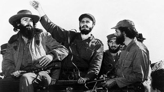 Entry of Fidel Castro into Havana in 1959 (Camilo Cienfuegos, Fidel Castro and (in profile) Huber Matos). (File)