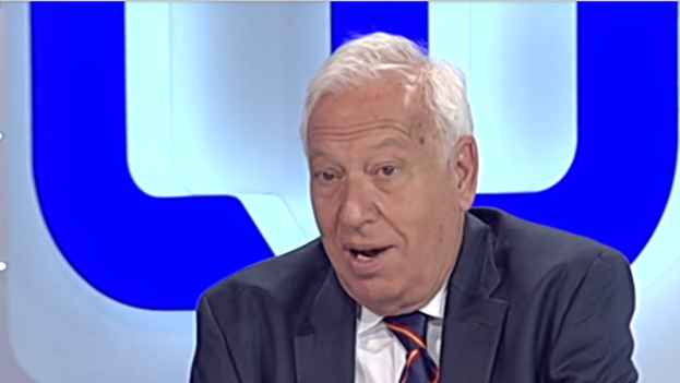 José Manuel García-Margallo during the interview in the Breakfasts program on Spanish Television (TVE). (Video Capture)