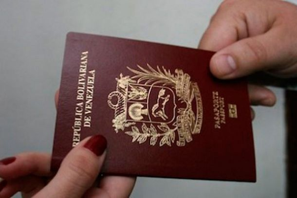 The Panama Papers confirmed that Cuba controls the Venezuelan passport system (courtesy)