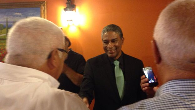 Dr. Oscar Biscet Cuba after his press conference (14ymedio)