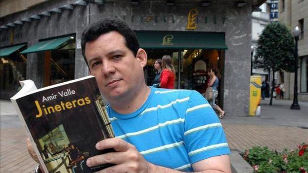 The writer Amir Valle. (Photo EFE / File)