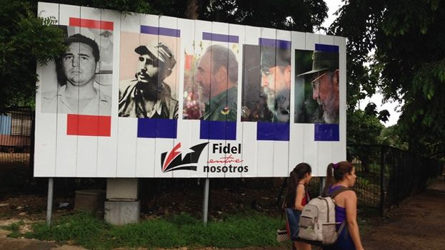 Official billboard to celebrate the 90th birthday of Fidel Castro. (14ymedio)