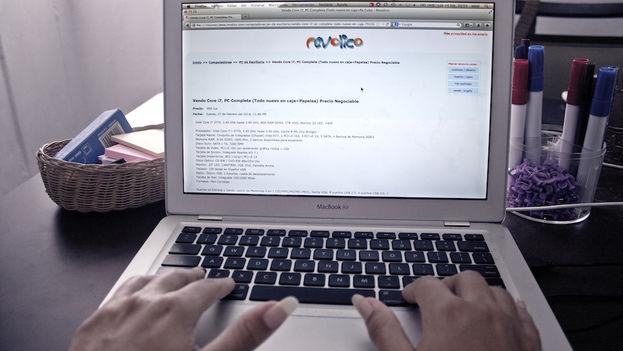 Revolico's user portal. (Silvia Corbelle / 14ymedio)