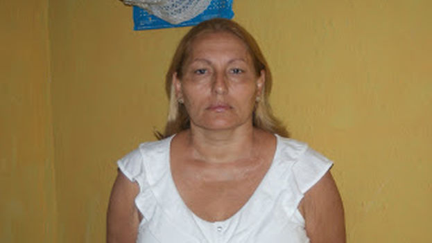 Ada Lopez, a Cuban opposition activist and member of Otro18, and also a member of the independent library movement. (Source: Notes from the Cuban exile quarter)