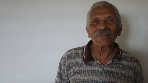 The former political prisoner Arnaldo Ramos Lauzurique died in Havana at age 74. (14ymedio)