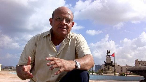 "From today your life will be ""very difficult"", Dagoberto Valdes was warned by Cuban State Security (@mariojose_cuba)"