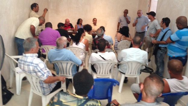 Cuban activists founding the MUAD. (14ymedio)