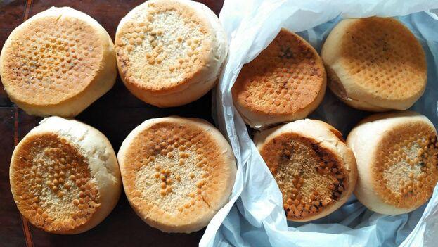 bread-rolls-negocios-privados-encuentra-