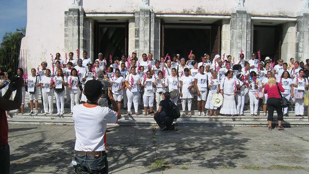 Ladies in White opposite the church of Santa Rita in Havana. (Agustin Lopez Canino)