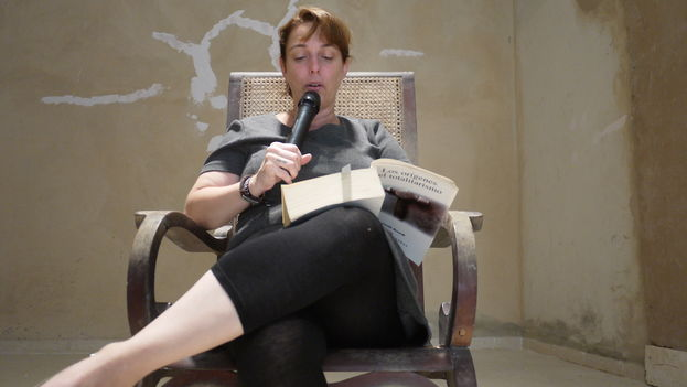 Tania Bruguera during her performance (14ymedio)