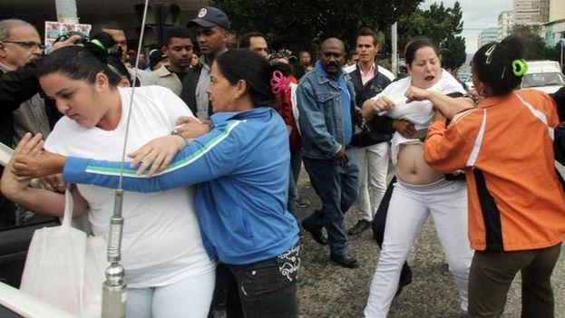 Arresto-Cuba-Ernesto-Mastrascusa-EFE_CYMIMA20150224_0006_17