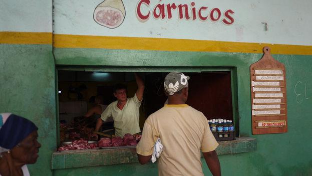 Butchers in Havana (14ymedio)