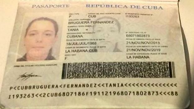 Pasaporte-Tania-Bruguera-FacebookYoTambienExijo_CYMIMA20150711_0011_16