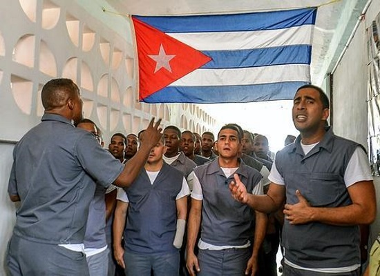 Inmates in Cuban prison (from internet)