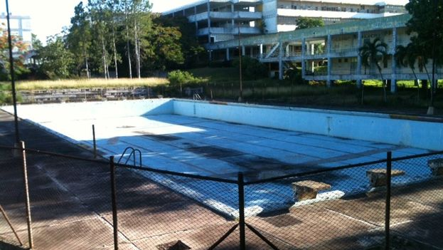 The pool at the Frederick Engels Vocational School. (Juan Carlos Fernández)