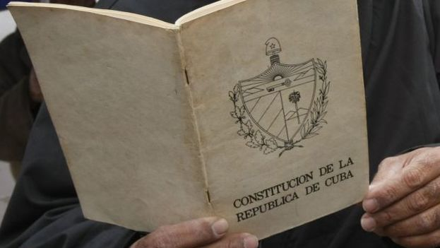 The current Cuban Constitution was adopted 40 years ago, in 1976 (EFE / FILE)
