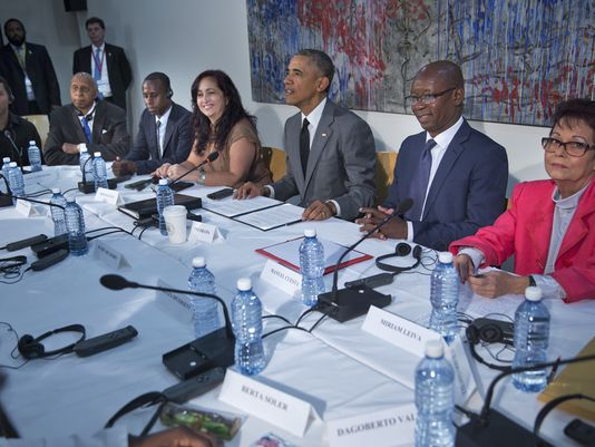 Miriam Leiva, far right, meeting with President Obama in Havana (USA Today)