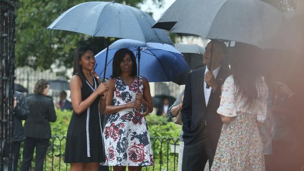Barack Obama with his family on their tour around Old Havana (Yenny Muñoa / CubaMINREX)