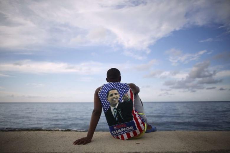 A man in an Obama shirt on Havana's Malecon