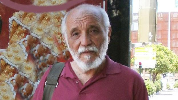 The poet Rafael Alcides. (Regina Coyula / lamalaletra.com)